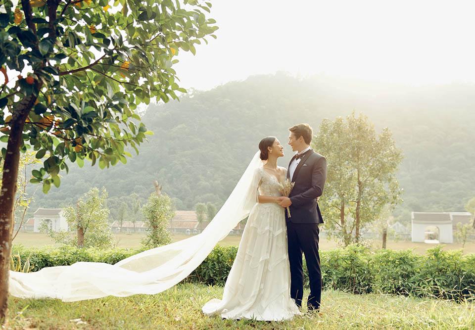 Hoàng Oanh tung ảnh cưới lãng mạn bên chồng Tây - 10