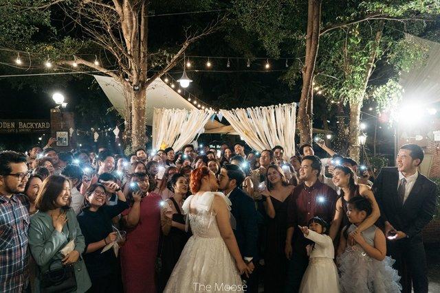 Cô dâu mời hẳn 3 người yêu cũ tới dự đám cưới, phản ứng của chú rể gây bất ngờ - 2