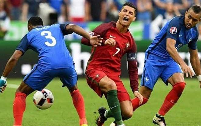 """Bốc thăm EURO 2020: Bồ Đào Nha – Ronaldo vào bảng """"tử thần"""" có Đức – Pháp 000_d15wr-e1468270411480-640x400-660-1575142422-250-width660height413"""