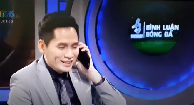 Nam MC VTV bốc máy gọi Đặng Văn Lâm sau bàn thua của Bùi Tiến Dũng gây tranh cãi - 2