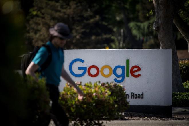 Thu thập dữ liệu của người dùng, Google bị EU đưa vào tầm ngắm - 1