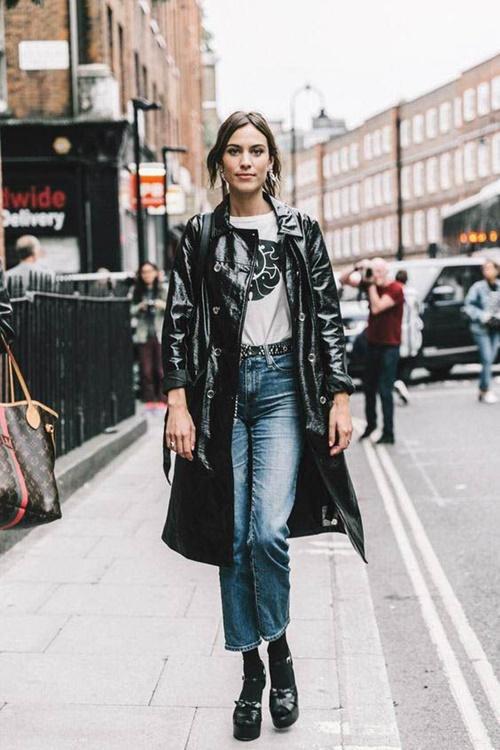 Quần jeans cũ mix với 6 kiểu áo này chỉ có đẹp trở lên - 7