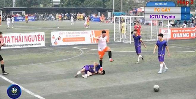 Nóng 24h qua: Đình chỉ thi đấu đối với nam thanh niên đạp lên mặt cầu thủ đội bạn