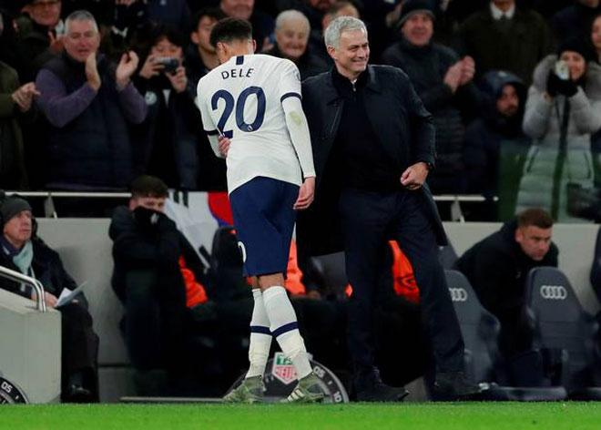 MU hòa 2 trận liên tiếp: Bị Mourinho - Tottenham vượt bao bậc trên BXH? - 2