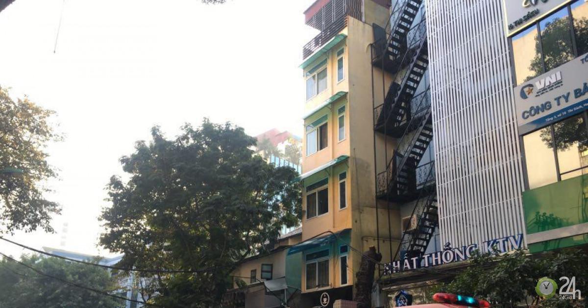 Cháy lớn tại quán karaoke phố Thi Sách, Hà Nội - Tin tức 24h