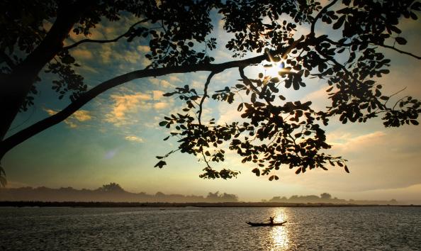Những hồ nước cực đẹp được du khách yêu thích nhất Việt Nam - 4