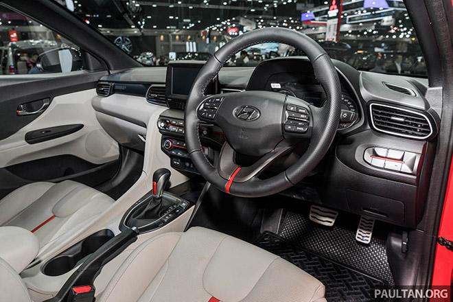 Hyundai Veloster 2020 động cơ Turbo ra mắt Đông Nam Á với sự lột xác về ngoại hình - 10