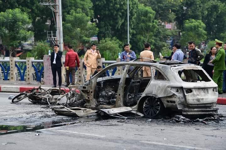 Khởi tố vụ nữ tài xế xe Mercedes gây tai nạn chết người ở Hà Nội