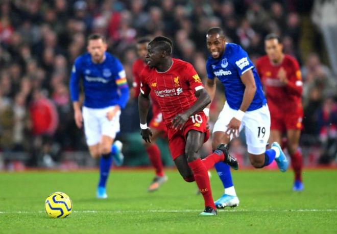 Đại thắng Everton, Liverpool lập mưa kỳ tích: Klopp qua mặt Sir Alex
