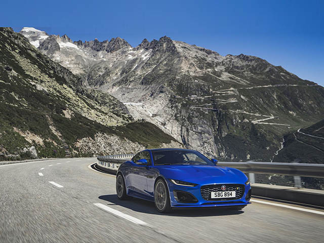 Jaguar F-Type thế hệ mới trình làng, giá 1,39 tỷ đồng