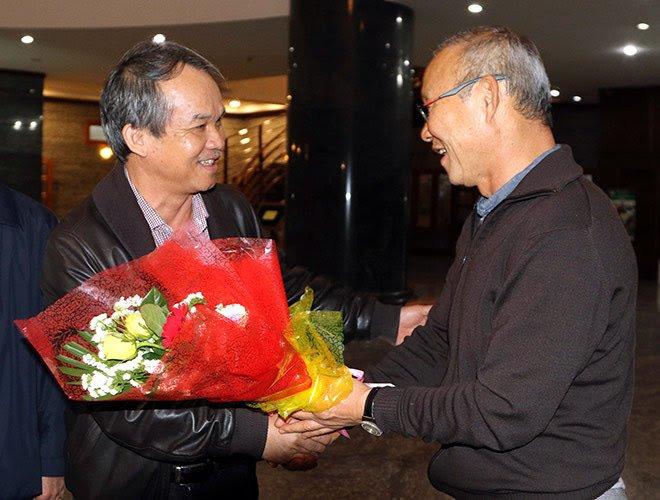 Bầu Đức ở đâu khi U22 Việt Nam cùng HLV Park Hang-seo đăng quang tại SEA Games 30? - 4