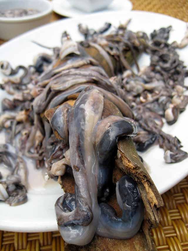 """Món ăn đáng sợ nhất Philippines khiến thực khách vừa sợ """"khiếp vía"""" vừa tò mò - 2"""