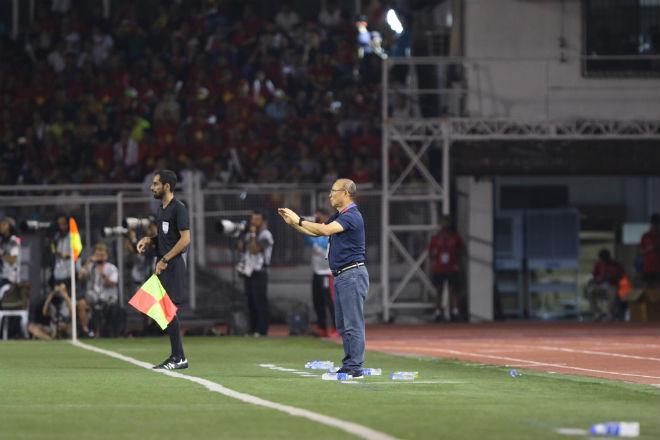 Trực tiếp bóng đá chung kết SEA Games U22 Việt Nam - U22 Indonesia: Đối thủ bất lực tìm bàn danh dự (Hết giờ) - 11