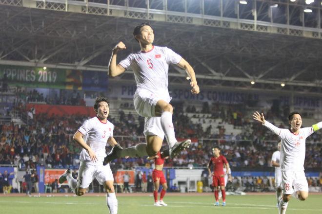 Trực tiếp bóng đá chung kết SEA Games U22 Việt Nam - U22 Indonesia: Đối thủ bất lực tìm bàn danh dự (Hết giờ) - 26