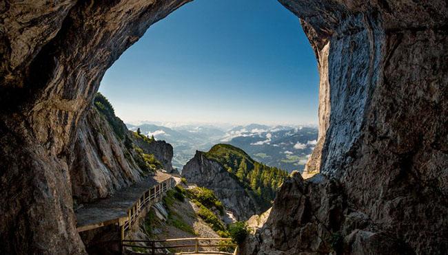 Những địa danh bí ẩn nhất châu Âu - 2