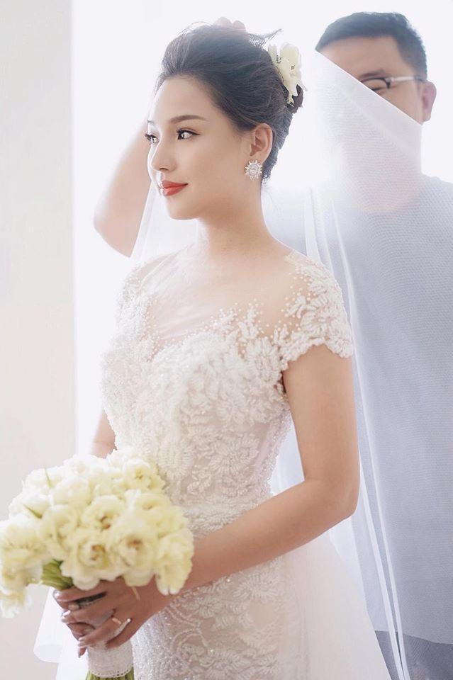Sau 5 năm chịu tang chồng, Kiều Oanh làm tiệc báo hỷ bí mật với doanh nhân Hà Nội - 5