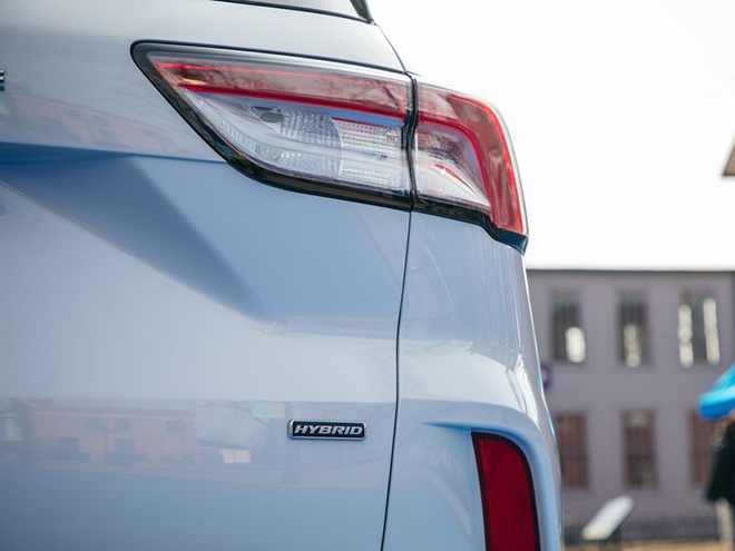 Ford Escape thế hệ mới sẽ có thêm biến thể động cơ lai Hybrid - 3