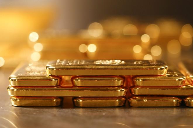 """Giá vàng hôm nay 18/12: Vững đà """"leo đỉnh"""" - 1"""