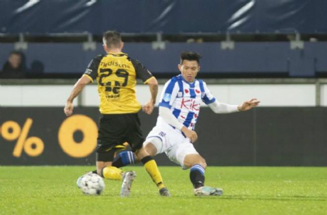 Văn Hậu ra sân tại CLB Hà Lan: Chiến thắng 2 sao & giây phút đáng nhớ - 1