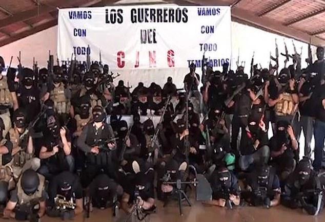 """Sát thủ khét tiếng Mexico kể hành trình trở thành """"quái vật"""" đoạt mạng trăm người - 1"""