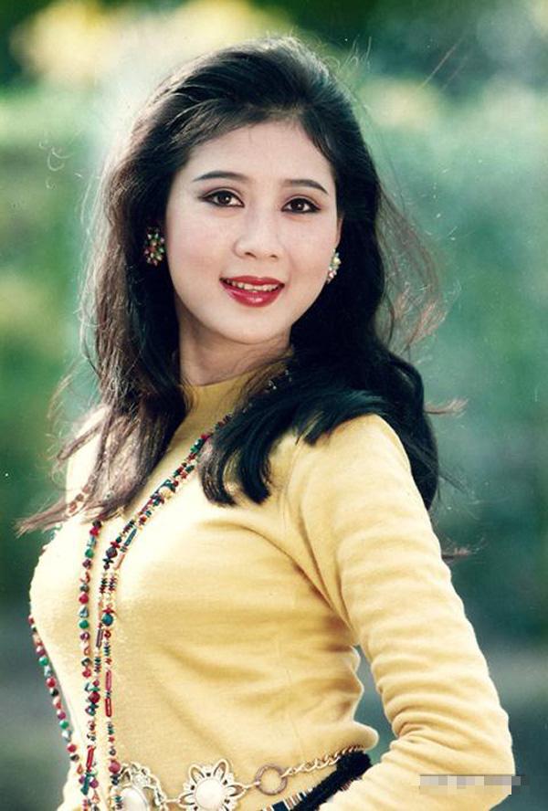 Diễm Hương khoe nét đẹp thanh xuân tuổi U50 - 2