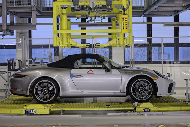 Porsche xuất xưởng chiếc 911 Speedster cuối cùng, ngừng sản xuất dòng xe thế hệ cũ - 7