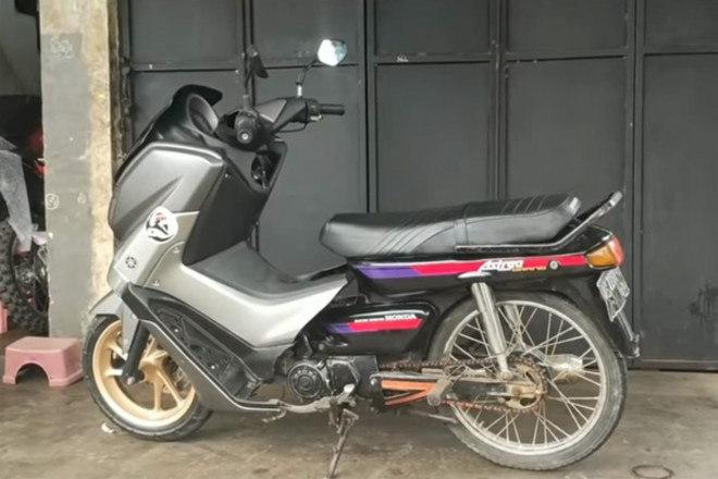 Phì cười với sự kết hợp giữa xe số Honda và xe tay ga Yamaha - 1