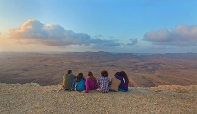 Tưởng sa mạc lúc nào cũng khô cằn, ai ngờ lại có những điểm đến thú vị nhường này - 6