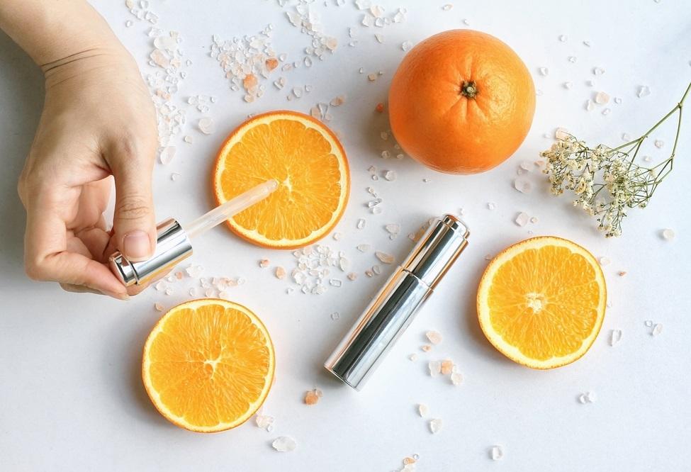 Muốn da sáng hồng, trắng tươi, không thể thiếu nổi serum vitamin C - 3