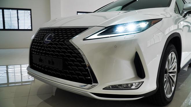 Soi chi tiết mẫu xe Lexus RX450h phiên bản 2020, giá hơn 4,6 tỷ đồng - 3