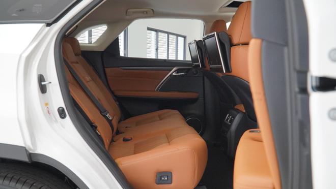 Soi chi tiết mẫu xe Lexus RX450h phiên bản 2020, giá hơn 4,6 tỷ đồng - 11