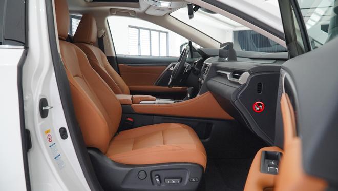 Soi chi tiết mẫu xe Lexus RX450h phiên bản 2020, giá hơn 4,6 tỷ đồng - 10