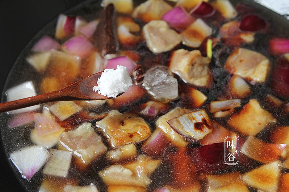 Chẳng cần thịt heo đắt đỏ, làm món bò kho khoai tây cũng khiến cả nhà mê mẩn - 8