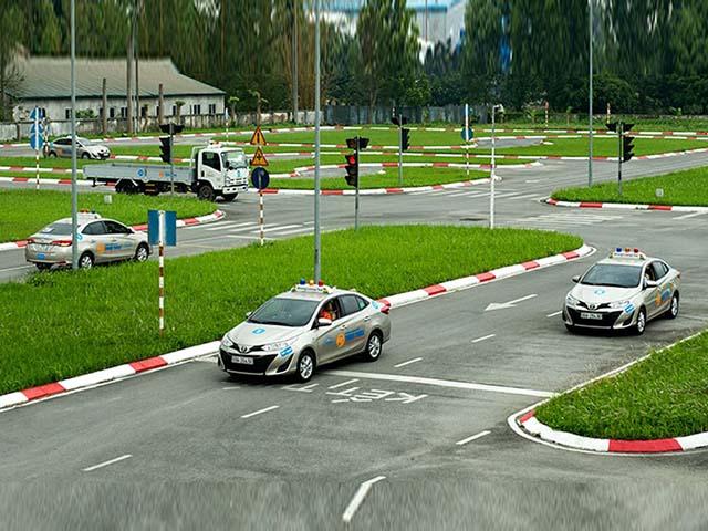 Học phí lái xe ô tô sẽ tăng từ 2 đến 3 lần vào năm 2020