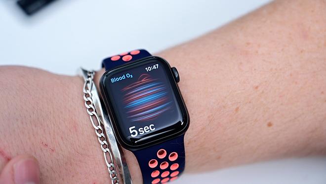 Chiếc đồng hồ thông minh đáng mua nhất năm nay - Apple Watch Series 6 - 8