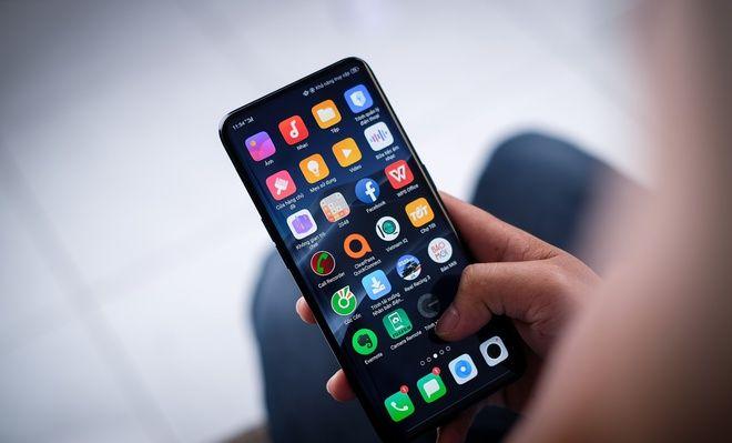 HOT: Đã có những chi tiết đầu tiên của iPhone 13 - 1