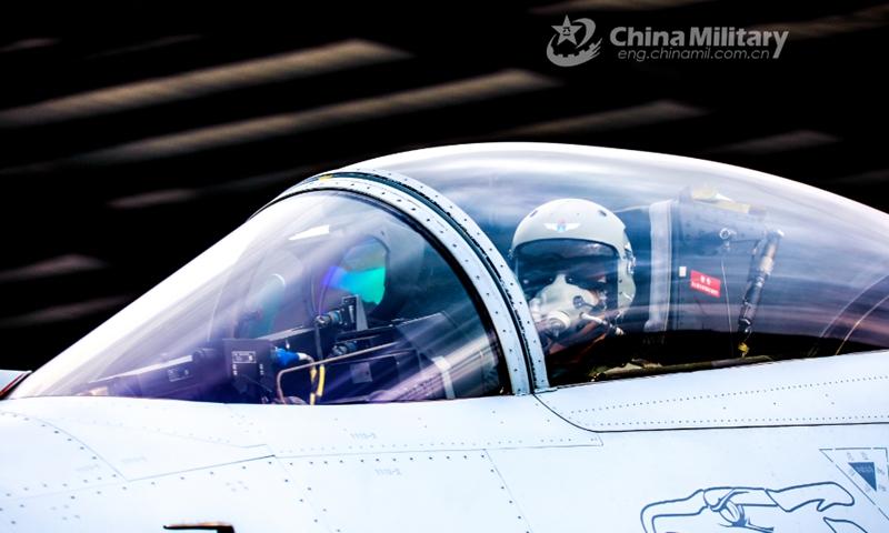 4 ngày liên tiếp Trung Quốc thị uy sức mạnh trước Đài Loan trong dịp nghỉ lễ quan trọng