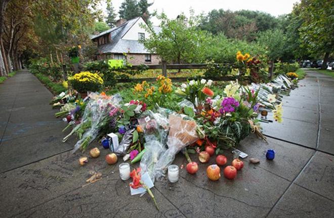 Ngày này năm xưa: 9 năm ngày mất huyền thoại Steve Jobs - 3