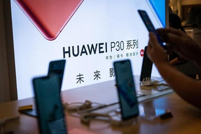 Huawei trong năm 2021: Top 5 chẳng xong, đòi gì Top 1 - 1
