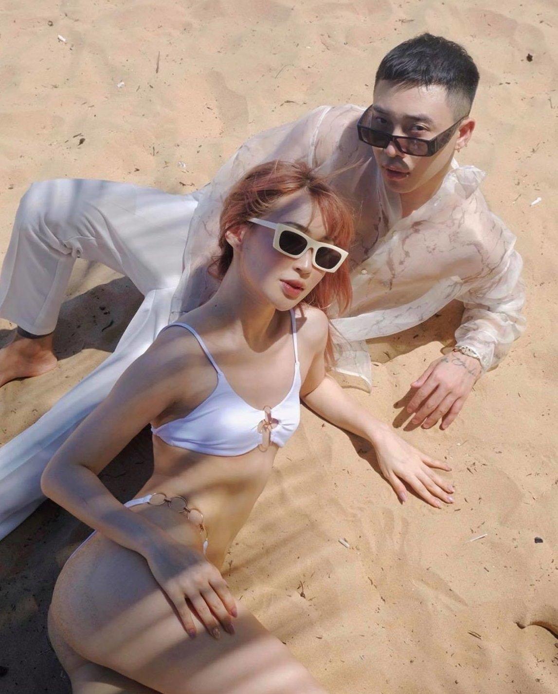 Trào lưu chụp ảnh Belfie ở bãi biển biến tướng gây phản cảm - 3