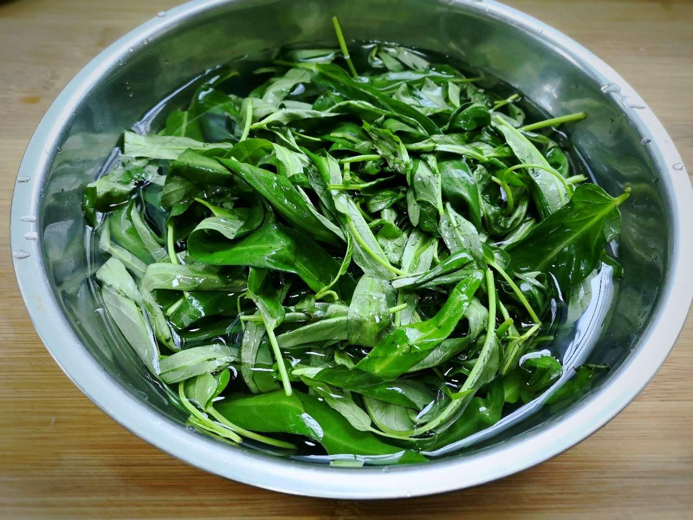 Rau muống nấu với thứ này thành món canh bổ dưỡng, thơm ngon lại dễ làm - 2