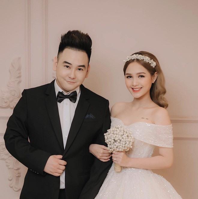 Hot girl lấy chồng hơn 13 tuổi, ở chung cư cao cấp nhất Sài thành, đi siêu xe 7 tỷ là ai? - 7