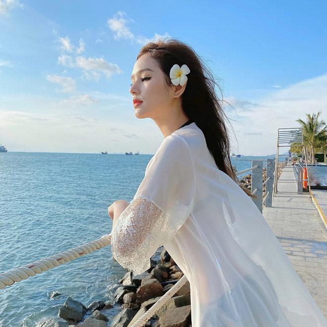 Hot girl lấy chồng hơn 13 tuổi, ở chung cư cao cấp nhất Sài thành, đi siêu xe 7 tỷ là ai? - hình ảnh 10