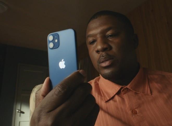 TRỰC TIẾP: Bộ tứ iPhone 12 chính thức trình làng, giá từ 699 USD - 17