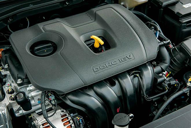 Giá xe Hyundai Elantra lăn bánh tháng 10/2020, giảm 20 triệu đồng - 14