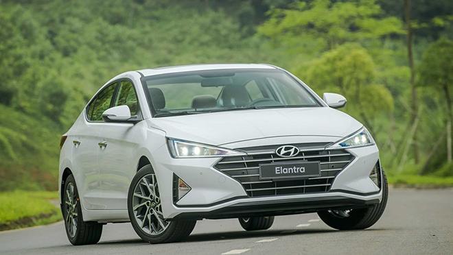 Giá xe Hyundai Elantra lăn bánh tháng 10/2020, giảm 20 triệu đồng - 3