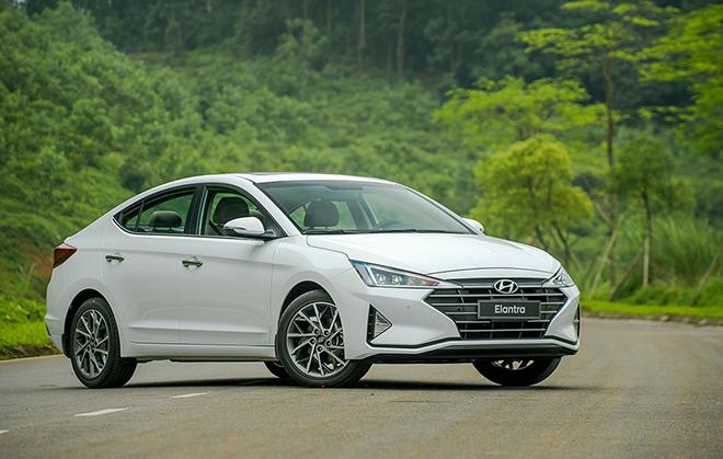 Giá xe Hyundai Elantra lăn bánh tháng 10/2020, giảm 20 triệu đồng - 4