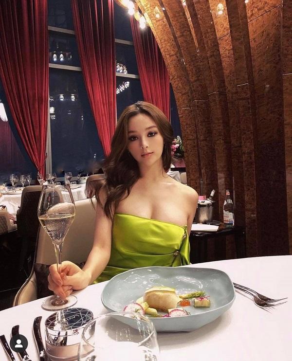 """""""Mỹ nhân Việt có nhà 100 tỷ"""" đã đẹp rồi vẫn giảm 8kg để """"sống ảo"""" cùng hội chị em - 3"""