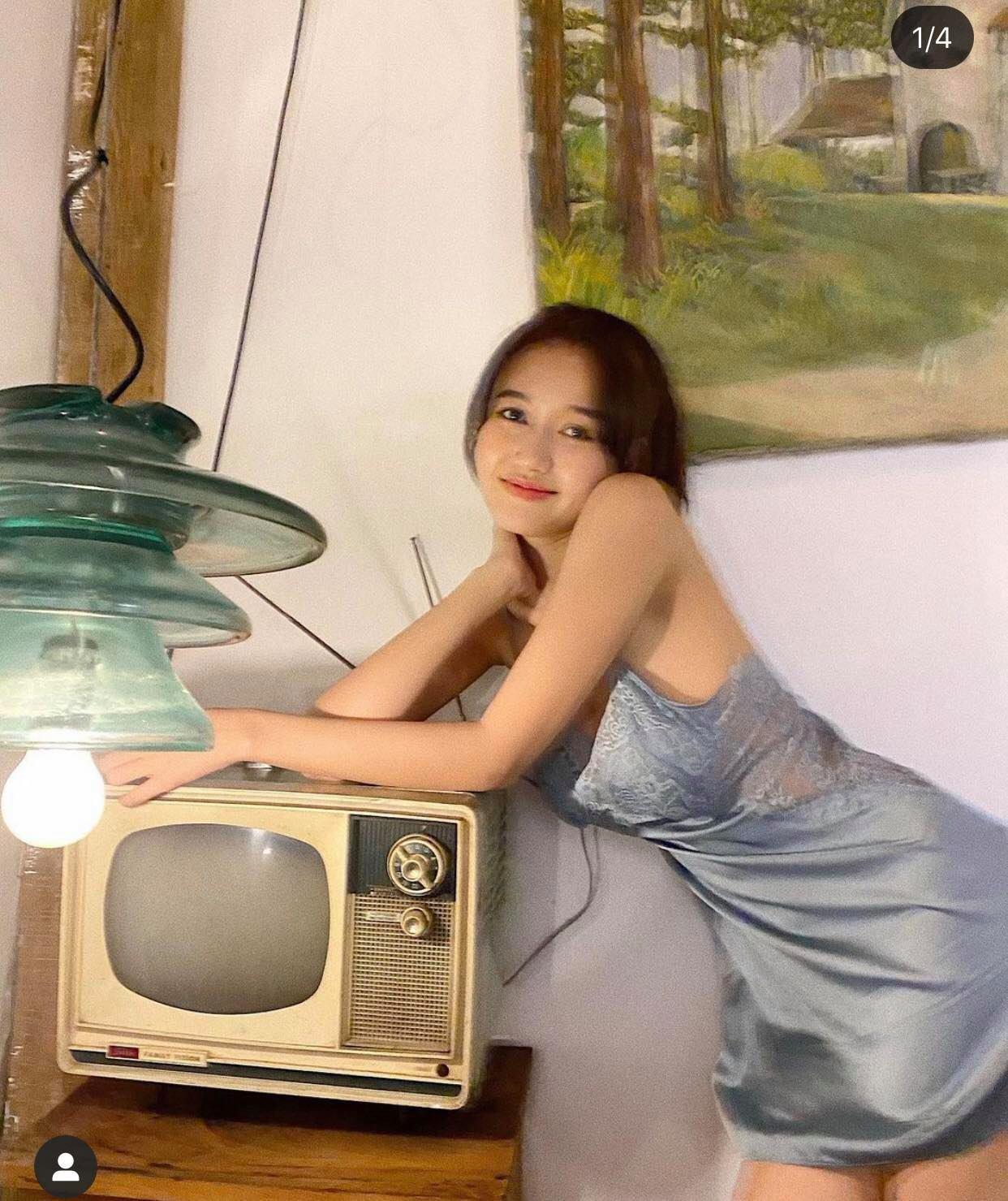 """Khéo mặc váy ngủ gợi cảm như người đẹp được Trường Giang khen là """"thần đồng"""" - 3"""