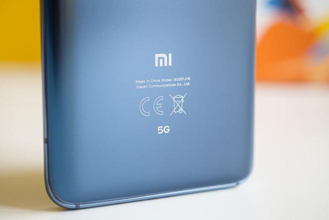 """Huawei sụp đổ, bất ngờ cái tên """"số hưởng"""" nhiều nhất - 3"""